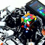 Robot solves the Rubik's Cube puzzle faster than the human world record